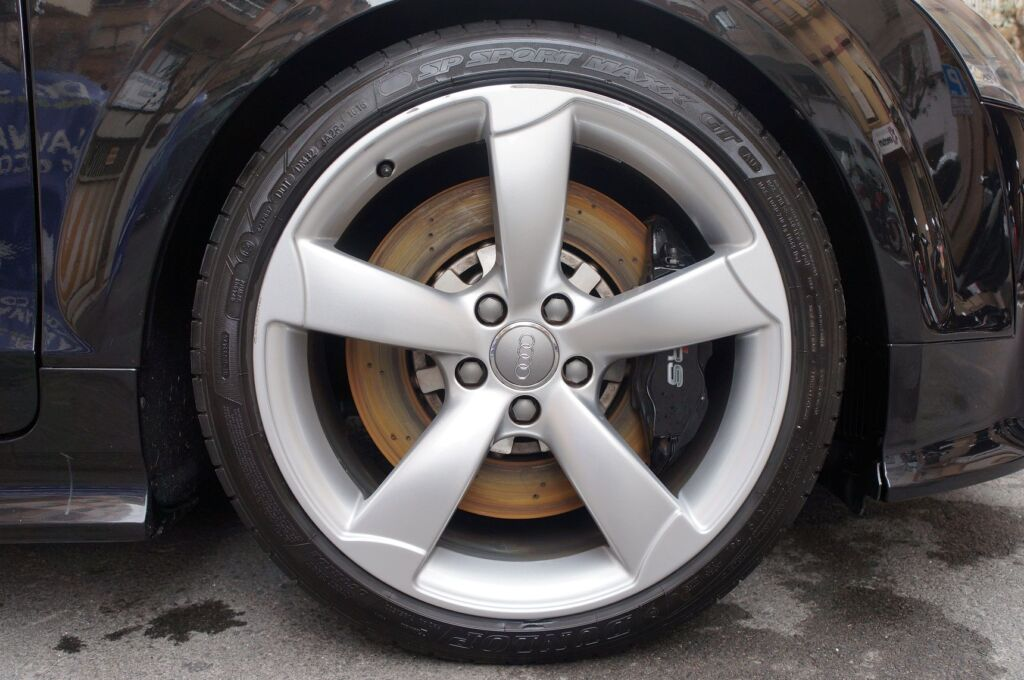 pulido y encerado coche