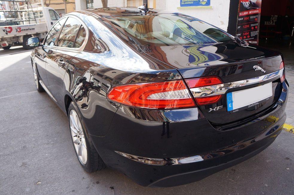 Jaguar XF - Elegancia y Brillo, encerado de carnauba
