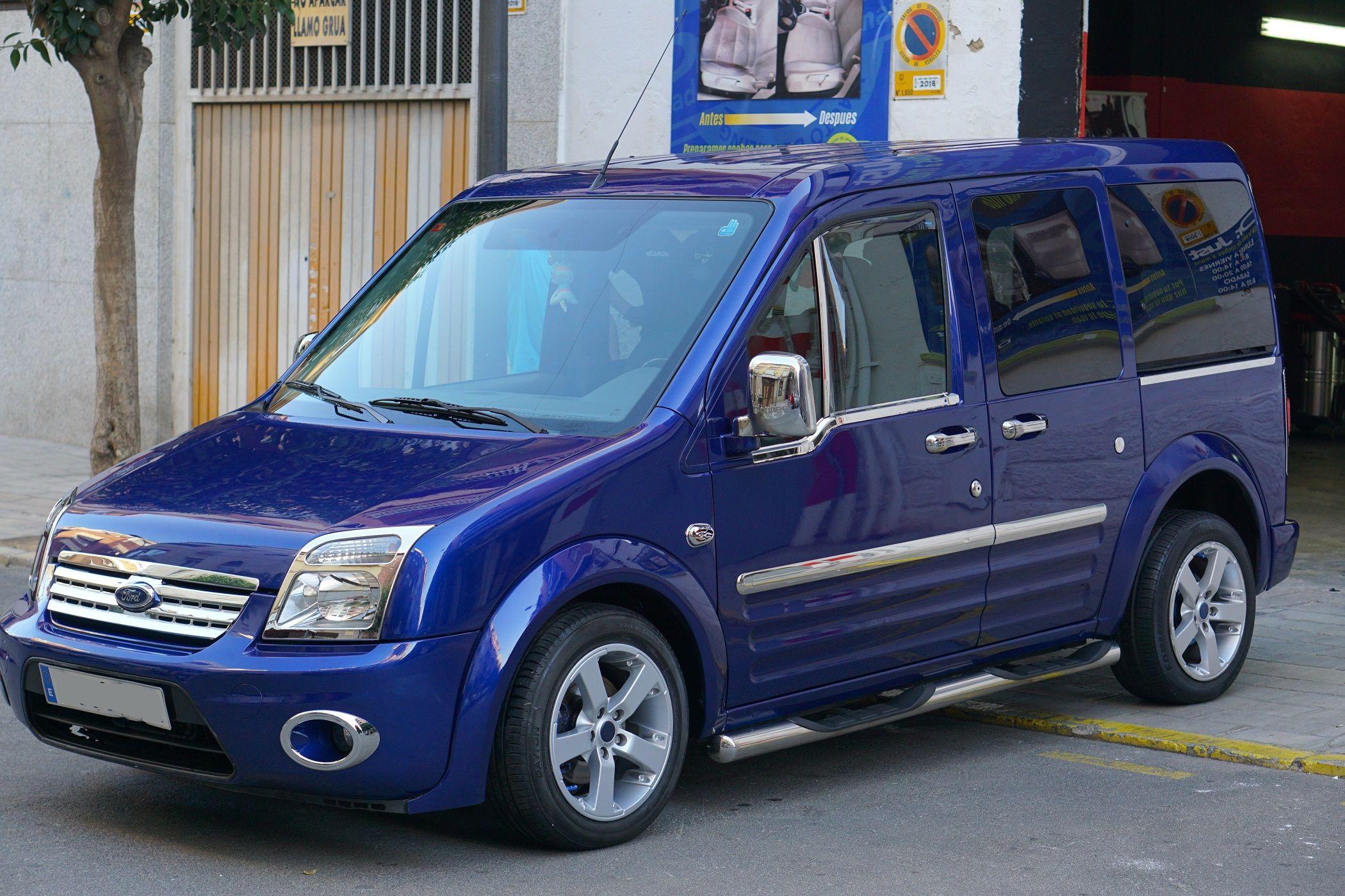 Ford Tourneo – Cera de carnauba