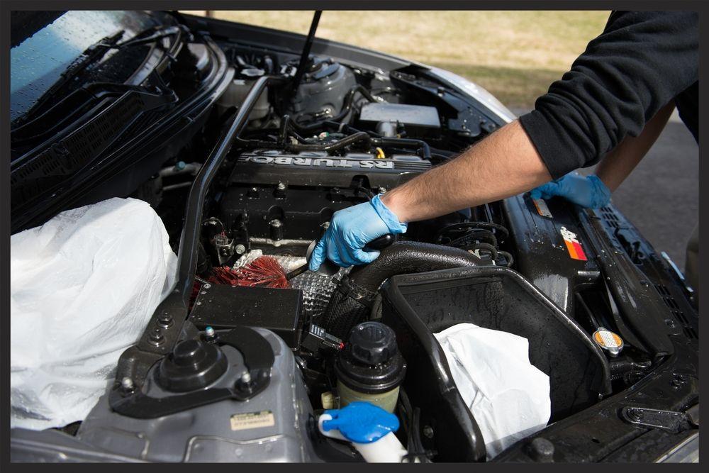 detailing motor - ¿Es bueno limpiar el motor de un coche?