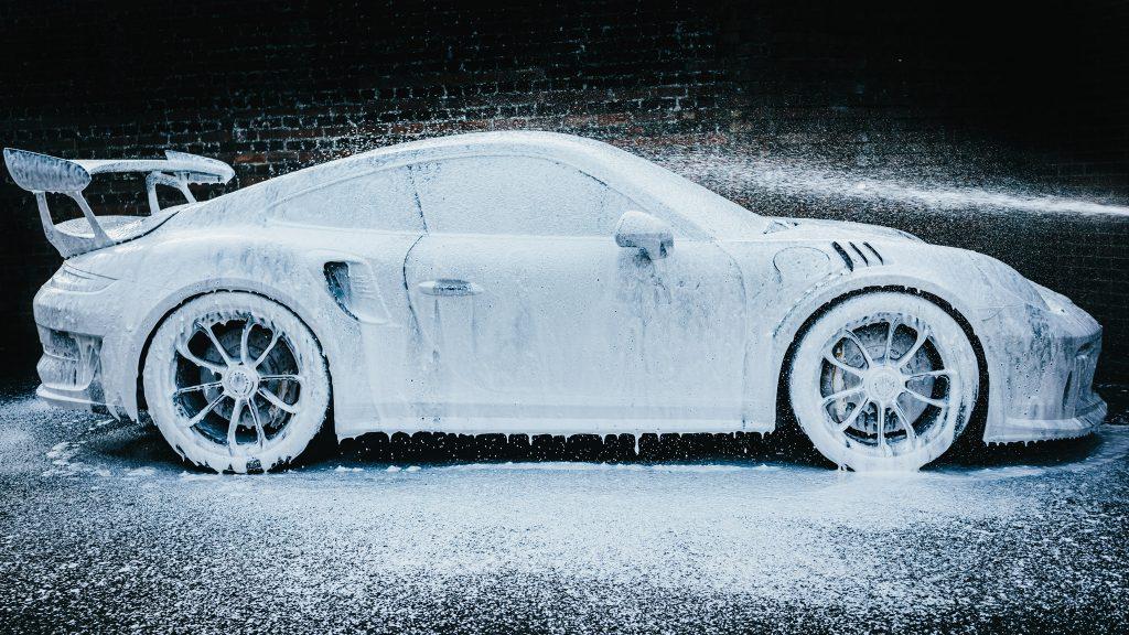 snow foam porsche