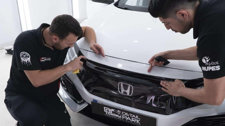 Aplicando un PPF a un Honda Civic