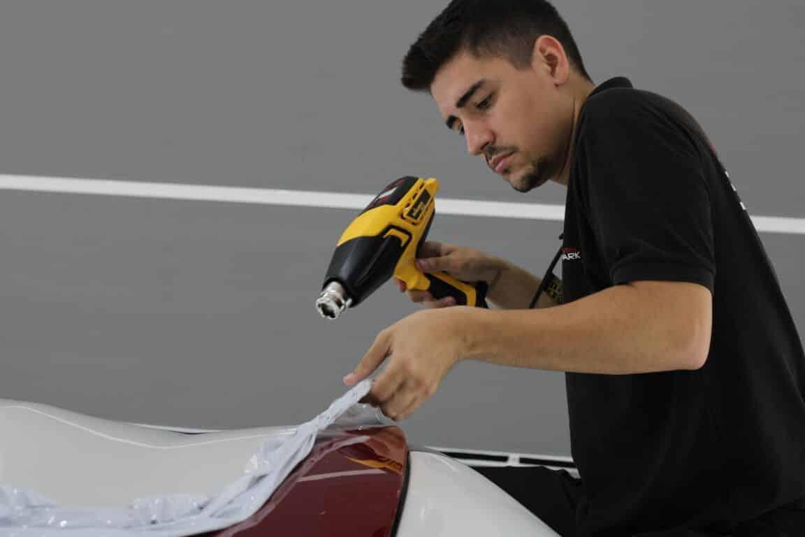 retirar vinilo coche