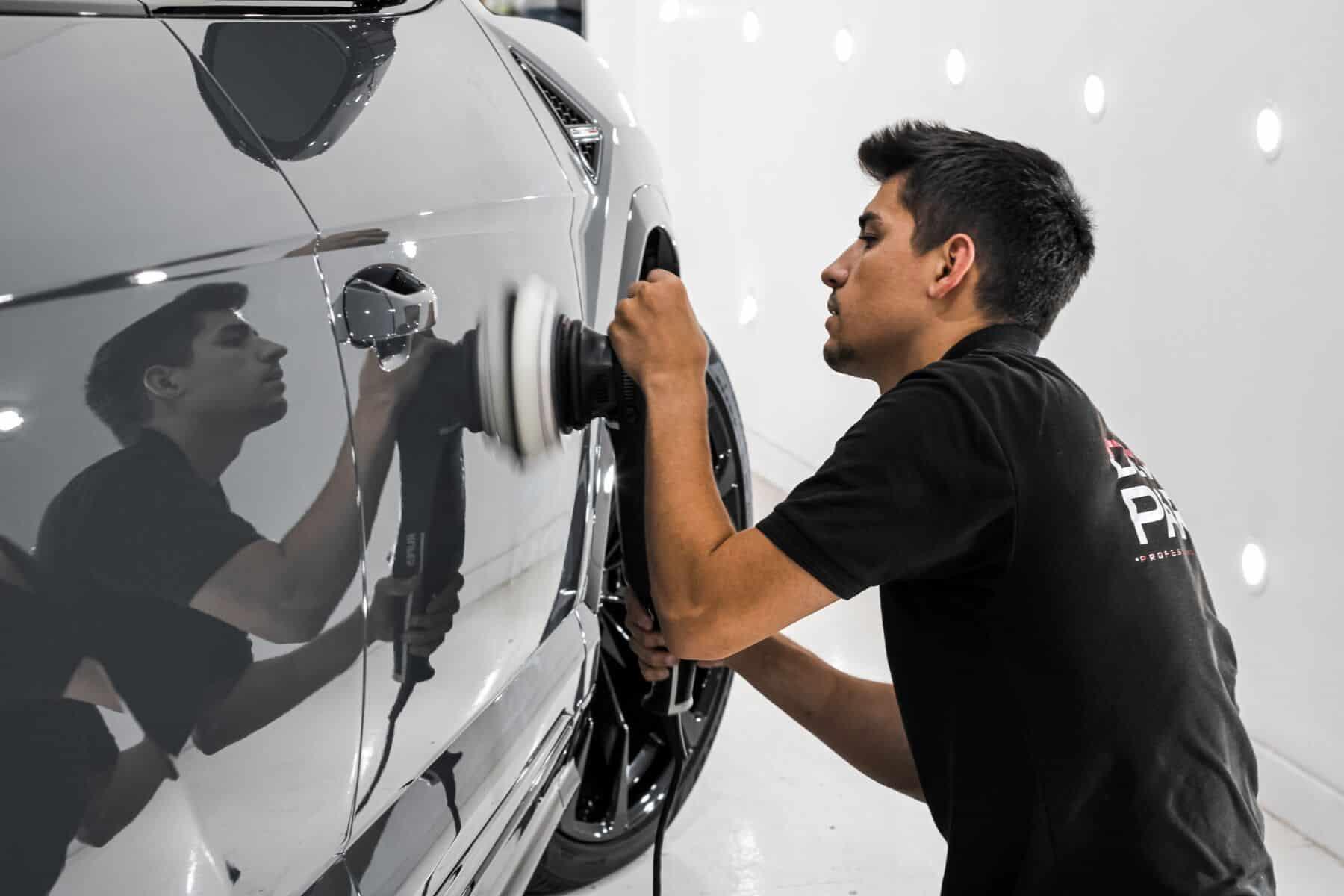 Detailing Lamborghini Urus