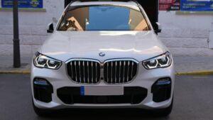 BMW X5 2018 2 300x169 - Tratamiento Cerámico Para BMW X5 PACK M 2018
