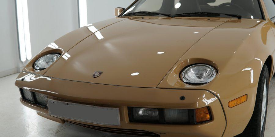 Porsche-928-4